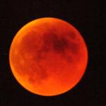 השמש ייהפך לחושך והירח לדם – על ליקוי הירח המלא הרביעי